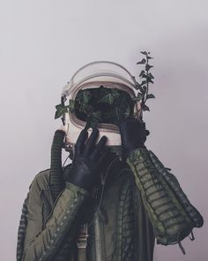 Strange & Poetic Series of a Lonely Astronaut – Fubiz Media atronaut green muted ivy Photomontage, Wallpaper Horizontal, Psy Art, Foto Art, Oeuvre D'art, Art Inspo, Les Oeuvres, Character Inspiration, Design Inspiration