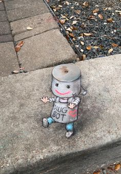 David Zinn-Hugbot on the rampage at Houston Via Colori yesterday. Resistance is embraceable! Murals Street Art, 3d Street Art, Street Art Graffiti, Graffiti Artists, David Zinn, Pavement Art, Sidewalk Chalk Art, Chalk Drawings, Z Arts