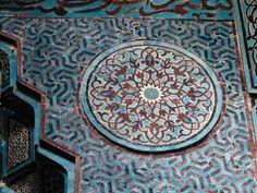 Travel This World Ceramic Tile Art, Mosaic Art, Islamic Tiles, Islamic Art, Islamic Patterns, Tile Patterns, Islamic Architecture, Art And Architecture, Arabesque