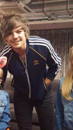 Louis backstage at the OTRA Tour Cardiff show (: (6/6/15)