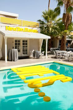 Yellow graphics everywhere, including in the pool, from Tiffany & Mark's wedding in Palm Springs featured on Wedding Chicks (Mike Arick Photography) - I would have 'Dive In' at my summer pool party - Jacuzzi, Pool Wedding, Party Wedding, Wedding Ideas, Wedding Stuff, Wedding Showers, Prom Party, Wedding Things, Baby Showers