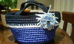 Cesto coleccion LEON . Azulon , azul marino y negro. Flor  XXL CBR . Se venden por separado y por encargo