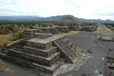 Teotihuacan Pyramids by Xavier Donat, via Flickr