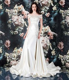 96f0e53664 This is one incredible dress! Silk and style making a statement of the year!