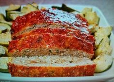 Balsamic-Basil Turkey Meatloaf: A moist, flavorful meatloaf made with a combination of ground turkey and Italian turkey sausage and flavored with balsamic vinegar, garlic and fresh basil. Turkey Recipes, Beef Recipes, Cooking Recipes, Turkey Meals, Diabetic Recipes, Italian Recipes, Recipies, Healthy Recipes, Turkey Meatloaf