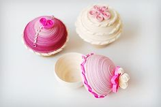 Pretty in pink quilled boxes    via aussiescrapsource.typepad.com