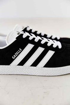 online store 03ed6 bb66a adidas Gazelle 2 Classic Sneaker Adidas Samba, Adidas Gazelle, Adidas  Sneakers, Shoes Sneakers