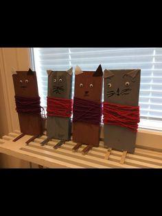Tanja Vänttinen /Fb Al-ku-o-pet-ta-jat Annit ja Masat. Idea saatu muistaakseni tästä ryhmästä, kun joku oli tehnyt vastaavia Pikkumetsän hahmoja. Mittaus, sahaus, naulaaminen, maalaus ja virkkaus.