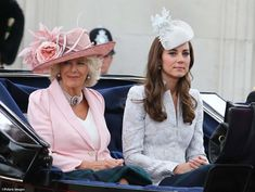 Will Kate attend this year's Trooping the Colour ceremony in London. This is the official commemoration of the sovereign's birthday. Kate was wearing what appeared to be a new Alexander McQueen suit, a hat by Jane Taylor an Alexander McQueen clutch. Camilla Duchess Of Cornwall, Duchess Of Cambridge, Duchess Kate, Kate Middleton Family, Alexander Mcqueen Clutch, Camilla Parker Bowles, Cocktail Hat, Fancy Hats, William Kate
