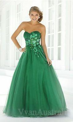 green prom dresses    green prom dresses