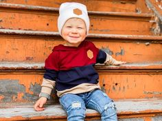 Our oversizes leather patch beanies are not only super soft and warm but also crazy stylish! Grab your little one their new favorite beanie now! Hipster Headband, Soccer Headbands, Hipster Beanie, Toddler Headbands, Hipster Toddler, Toddler Boys, Boys Beanie, Beanies, Baby Boy Accessories