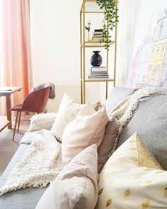 High Chai Tea Party - The benefits of charity - Step Inside My Handbag Inside Me, Step Inside, Floral Chandelier, Nate Berkus, New Trends, Color Inspiration, Home Accessories, Bean Bag Chair, Interior Design