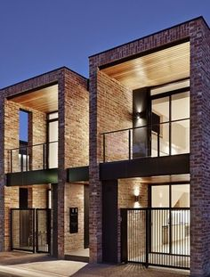 Minimalist home designs ideas. Currently, enable's locate 20 fantastic minimalist houses design, every one as interesting in addition to inspiring as the adhering to. Townhouse Designs, Modern Townhouse, Duplex House Design, Small House Design, Modern House Design, Facade Design, Exterior Design, Brick Design, Modern Brick House
