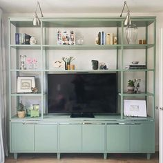 The 50+ Best Entertainment Center Ideas - Home and Design - Next Luxury Basement Living Rooms, Living Room Wall Units, Living Room With Fireplace, Living Room Entertainment Center, Entertainment Units, Tv Cupboard Design, Retro Tv Stand, Baby Room Design, New Home Designs