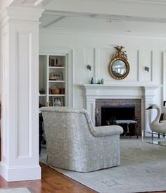 Gauthier-Stacy and Patrick Ahearn.  [Blog] 10 Chic Martha's Vineyard Blue and White Interiors with Blue Rugs.