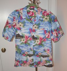 Vintage Royal Creations Hawaiian Aloha M Shirt Floral Print Tropical Tourist LT1