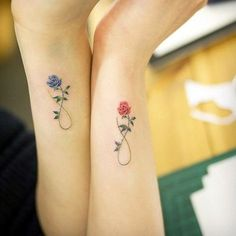 ▷ Flower Ideas Tattoo designs and their meanings .- ▷ 1001 + Ideen für Blumen Tattoo Designs und ihre Bedeutungen tattoo orchid or rose, partner tattoos with roses, blue rose for man and red for woman, symbol of eternity, love and tattoos - Subtle Tattoos, Pretty Tattoos, Beautiful Tattoos, Dainty Tattoos, Amazing Tattoos, Mom Daughter Tattoos, Tattoos For Daughters, Tattoo Sister, Mother Tattoos
