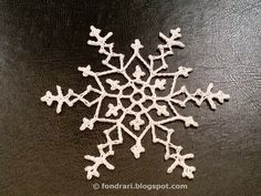 Crochet snowflake - free pattern A NEW YEAR Snowflake Crochet Angels, Crochet Stars, Thread Crochet, Love Crochet, Crochet Crafts, Crochet Flowers, Crochet Projects, Crochet Christmas Ornaments, Holiday Crochet