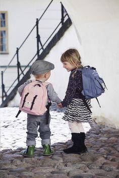 In deze Petit Royal-rugzak van Elodie Details berg je alle spulletjes op die je kleintje nodig heeft tijdens jullie uitstapje. Zo kan je met een gerust hart vertrekken!