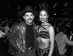 The Tejano music world is in shock as Grammy-Winning Tejano Superstar Emilio Navaira has passed away at the age of 53. #EmilioNavaira #Selena #SelenaQuintanilla #Tejano