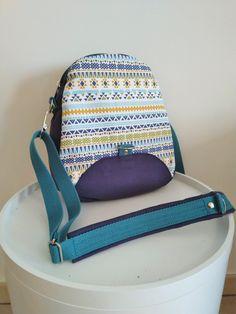 Sac à dos transformable Limbo bleu à motifs géométriques cousu par Fanelie - Patron Sacôtin