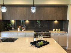 Kitchen Island, Kitchen Cabinets, Kitchens, Home Decor, Island Kitchen, Decoration Home, Room Decor, Cabinets, Kitchen
