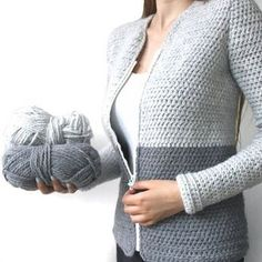 Cardigan - free chunky crochet pattern in English or Dutch by Wilma Westenberg Looking for a free crochet cardigan pattern? Here you can find the free crochet pattern of my cardigan. The free pattern is up! Instructions to make this vest can be found on w Gilet Crochet, Black Crochet Dress, Crochet Cardigan Pattern, Crochet Jacket, Crochet Poncho, Easy Crochet, Free Crochet, Crochet Patterns, Chunky Crochet