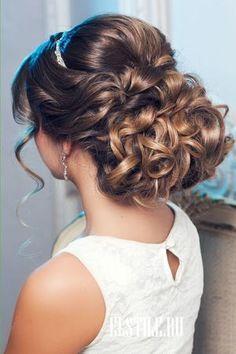 Wedding Hairstyles ~ Beautiful updo