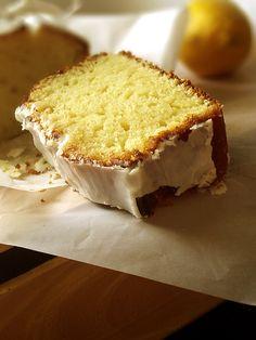A Cozinha Coletiva: Bolo de Limão
