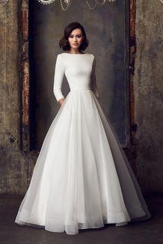 Long Sleeve Wedding, Modest Wedding Dresses, Wedding Dress Styles, Long Sleeved Wedding Dresses, Vintage Wedding Dresses, Rockabilly Wedding Dresses, Reception Dresses, Long Sleeve Gown, Vintage Gowns