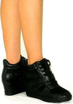 . Ankle Sneakers, Wedges, Sandals, Shoes, Fashion, Moda, Shoes Sandals, Zapatos, Shoes Outlet