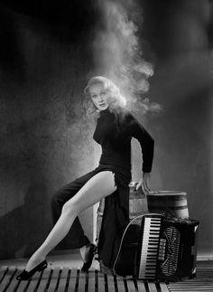 Marlene Dietrich, promo for Witness For The Prosecution (Billy Wilder, 1957)