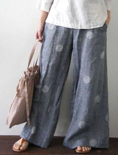 Wider than Cutting Line Designs 'One Seam Pants Pattern' but a great look for summer. Wider than Cutting Line Designs 'One Seam Pants Pattern' but a great look for summer. Sewing Pants, Sewing Clothes, Doll Clothes, Boho Fashion, Fashion Outfits, Womens Fashion, Dress Fashion, Mode Pop, Mode Abaya