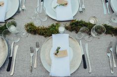 don't need a lot of decor to make a simple table pretty!