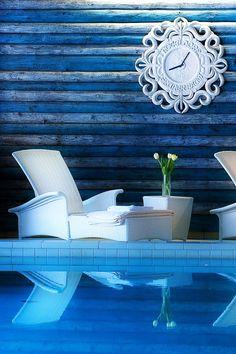 Hoteldorf Gruener Baum - Spa pool blue wood