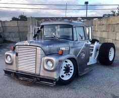 old rat rod trucks Rat Rod Trucks, Rat Rods, Big Rig Trucks, Cool Trucks, Pickup Trucks, Cool Cars, Truck Drivers, Dually Trucks, Dodge Trucks
