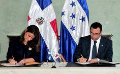 Andrés Navarro y la canciller de Honduras firman tres acuerdos bilaterales