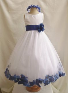 Flower Girl Dresses IVORY with Blue Royal Rose door NollaCollection