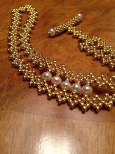 Bracelet perle unique en or bracelet or par AmyKanarekDesigns