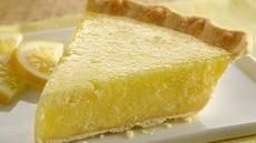 Vodka Lemonade Cocktail Pie -- a drink & dessert all in one!! Wowza! (Note the comments on how to alter/make this recipe better) :0