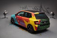 skoda Fabia : un relooking Street Art par le graffeur Armando Gomes Fancy Cars, Cool Cars, Famous Graffiti Artists, Latest Bmw, Vehicle Signage, Ford Mustang Convertible, Yellow Car, Skoda Fabia, Car Painting