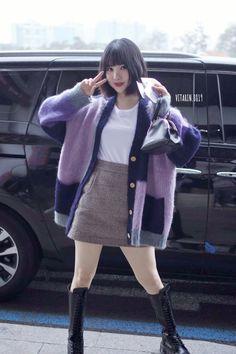 Eunha Drawing Now, Jung Eun Bi, G Friend, Foto Bts, Korean Girl Groups, Kpop Girls, Asian Beauty, Spring Outfits, Asian Girl
