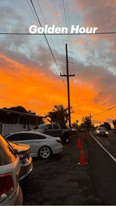 Sunrise Photography, Green Cleaning, Macaroons, Golden Hour, Hawaii, Fair Grounds, Celestial, Sunset, Fun