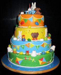 Nijntje stapeltaart/ cake Girl First Birthday, Birthday Cake, Miffy Cake, Little Girl Cakes, Ombre Cake, Cake Smash, Fondant, Cupcake Cakes, Sweet