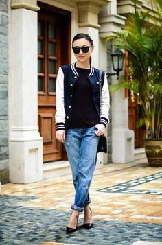 25 Ways to Style Your Varsity Jacket This Fall trending: the varsity jacket - cuffed boyfriend denim with heels and a varsity jacket Casual Fall Outfits, Winter Fashion Outfits, Fall Winter Outfits, Summer Outfits, Varsity Jacket Outfit, Denim Outfit, 2016 Fashion Trends, Street Style, Stylish