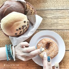 Give a girl the perfect pair of jeans and she can conquer the world. But first, doughnut time. Nail: Jeans style Meal: Doughnut, Mexico Bun, Chocolate Chips Bun  #DressUpYourNails #Manicure #Cafe #Nail #Nailart #notd #OnTheTableProject #FlatLay #Lifestyle #KotaKinabalu #Maniquremy