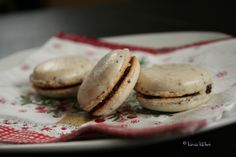 Be patient! – a guide to macarons part two Marzipan, Tray Bakes, Macarons, Poppy, Oven, Kawaii, Baking, Sweet, Easy