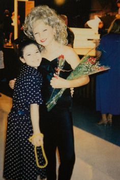 Taylor-Swift-childhood-photos-stage-costumes-grammy-awards011