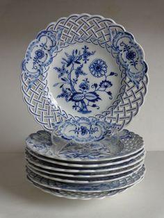 """8pcs Antique Meissen Porcelain Reticulated Pierced Edge Plates Crossed Swords 8"""""""