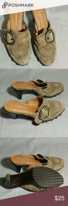 """Women's A. Marinelli Clogs Shoes 6 M leather Heels Heels 3.5"""" item is in a good condition ( please check on the pictures) NO PETS AND SMOKE FREE HOME. A. Marinelli  Shoes Mules & Clogs"""
